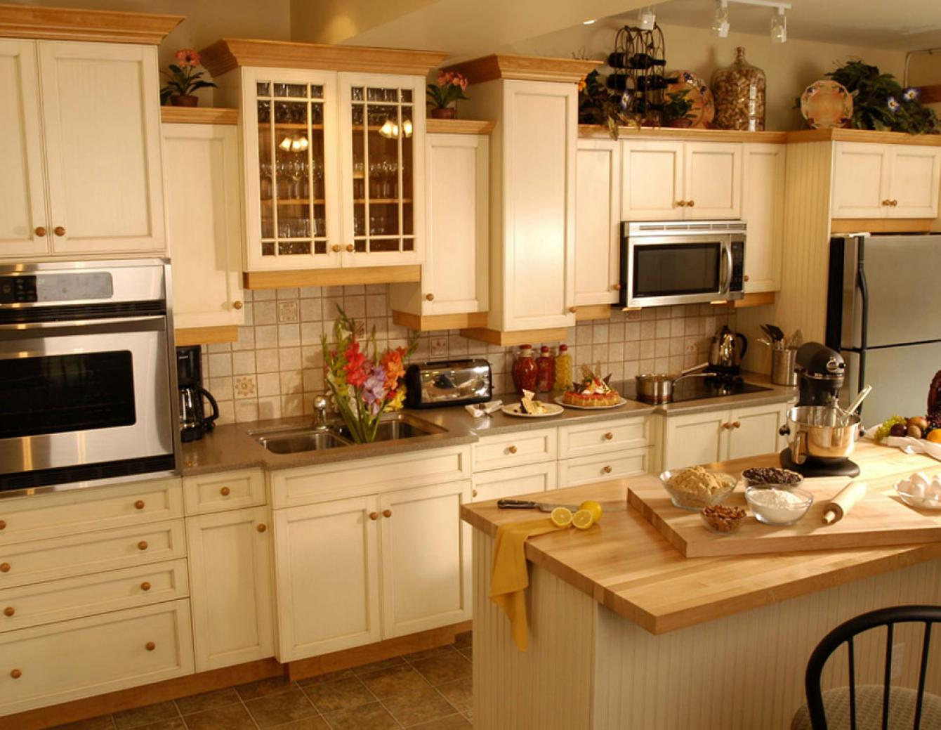 Eclectic Kitchen Design Gallery | Triangle Kitchen